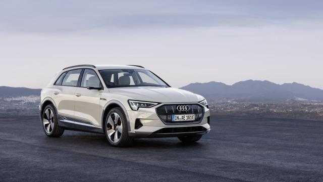Audi e-tron / Eléctrico 100%